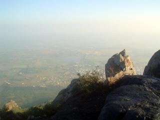 arunachala-way-to-top-6